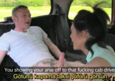 Takside sikişen Karı kocanın arasına girip grup sikişiyorlar – Altyazılı porno izle