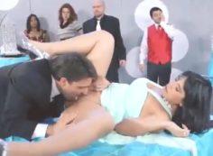 Evlilik Yıldönümlerini Restoranda Sikişerek Kutladılar Brazzers Altyazılı
